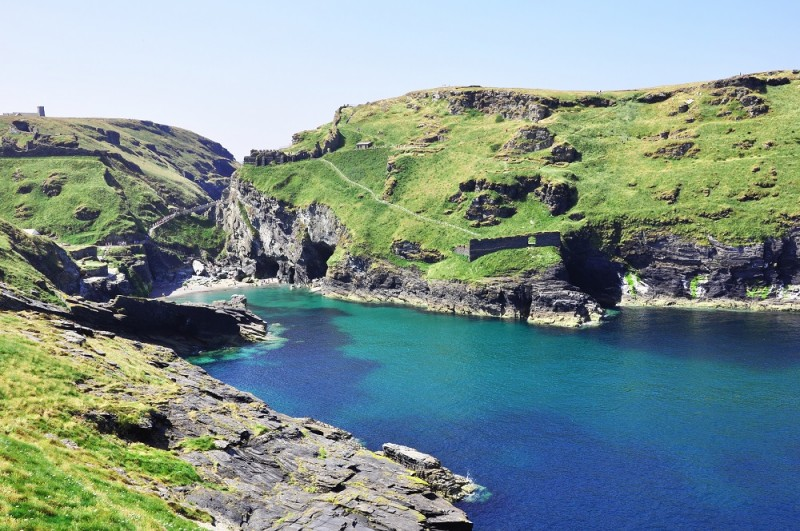 Merlin's Cave - Tintagel bay in North Cornwall coast (resize)
