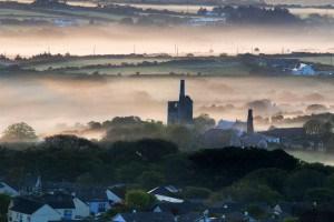 Fantastic image by local Cornish photographer Louise Penberthy Jones