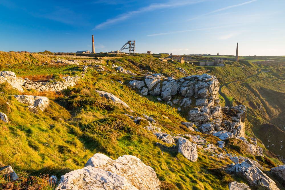 5 of our favourite Poldark inspired clifftop walks