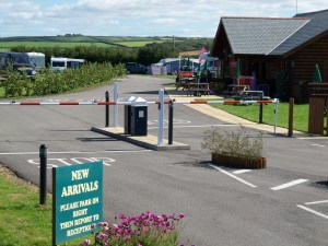 Campsites in Cornwall - Widemouth Fields