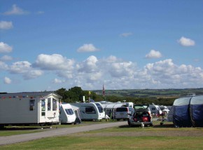 Holiday resorts in Cornwall - Widemouth Fields
