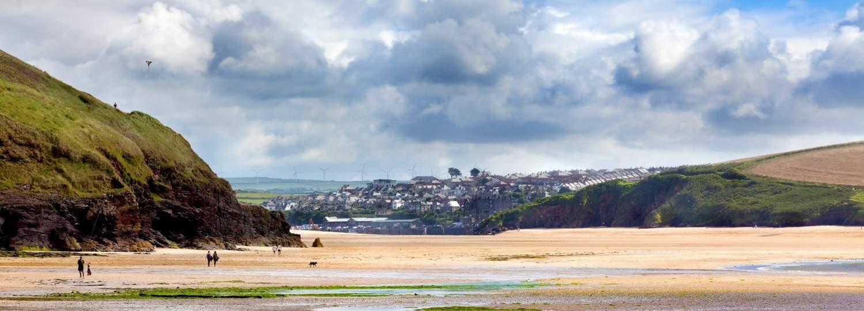 Daymer bay dog friendly beach in Cornwall