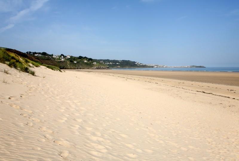 Porth Kidney Beach resized