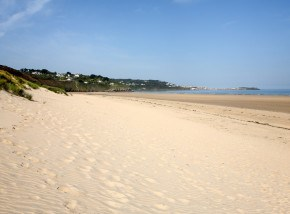 Best beaches in COrnwall - Porthkiney Beach