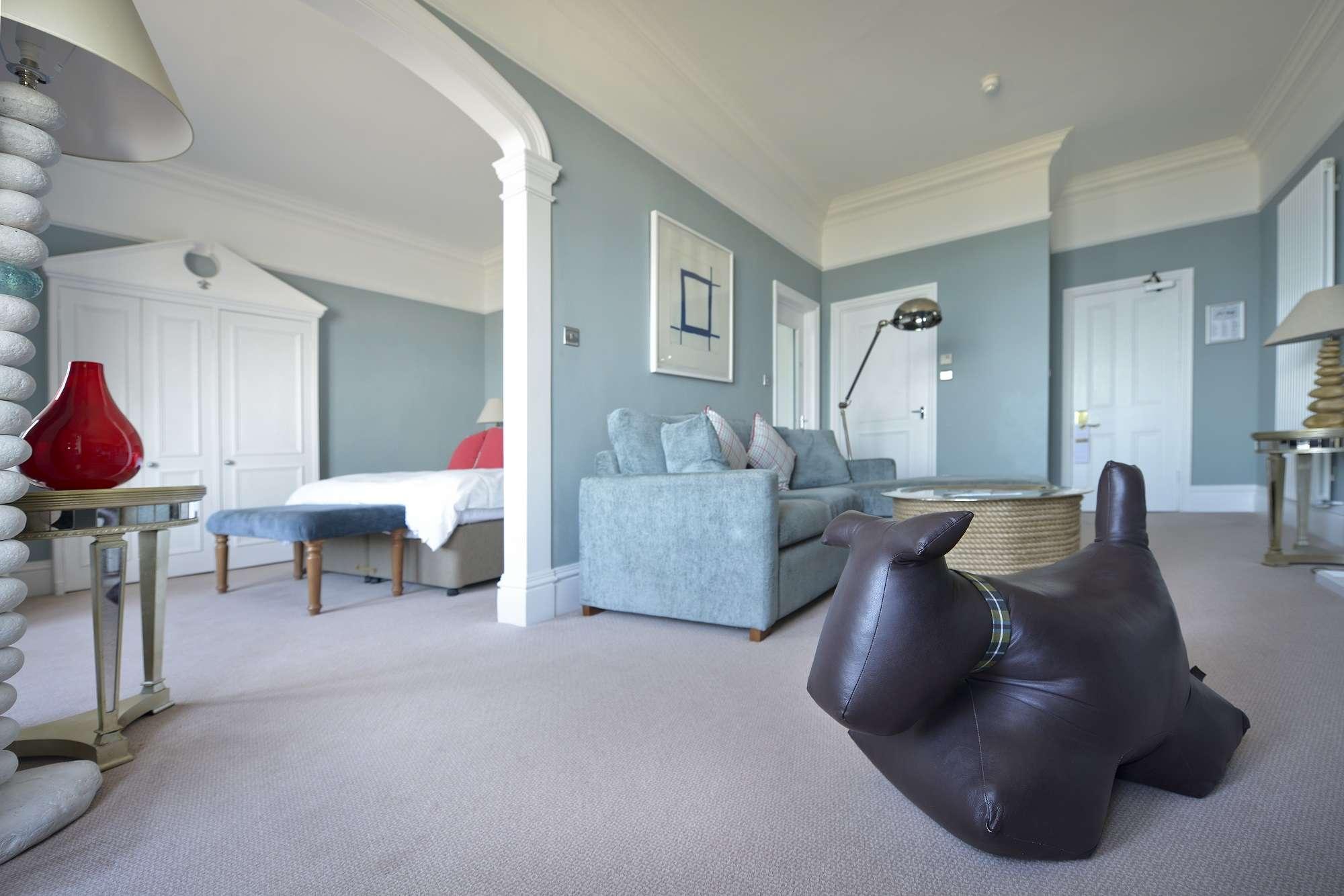 Headland bedroom 210 3 (2)
