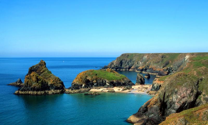 Beaches in Cornwall - Kynance Cove
