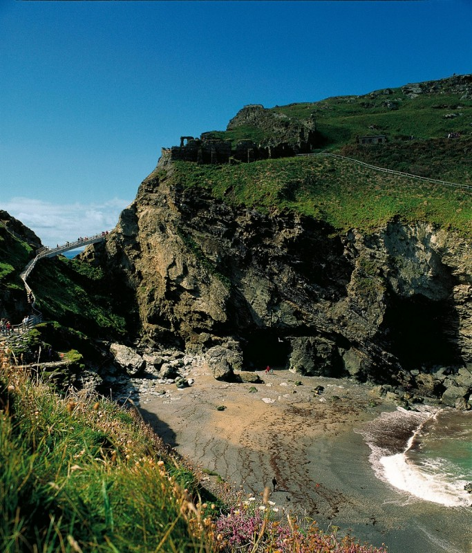 Tintagel_bridgeisland resized