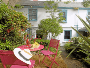 Places to stay Cornwall - Kent House
