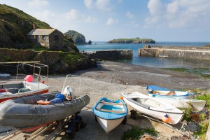 mullion cove - places to visit in Cornwall