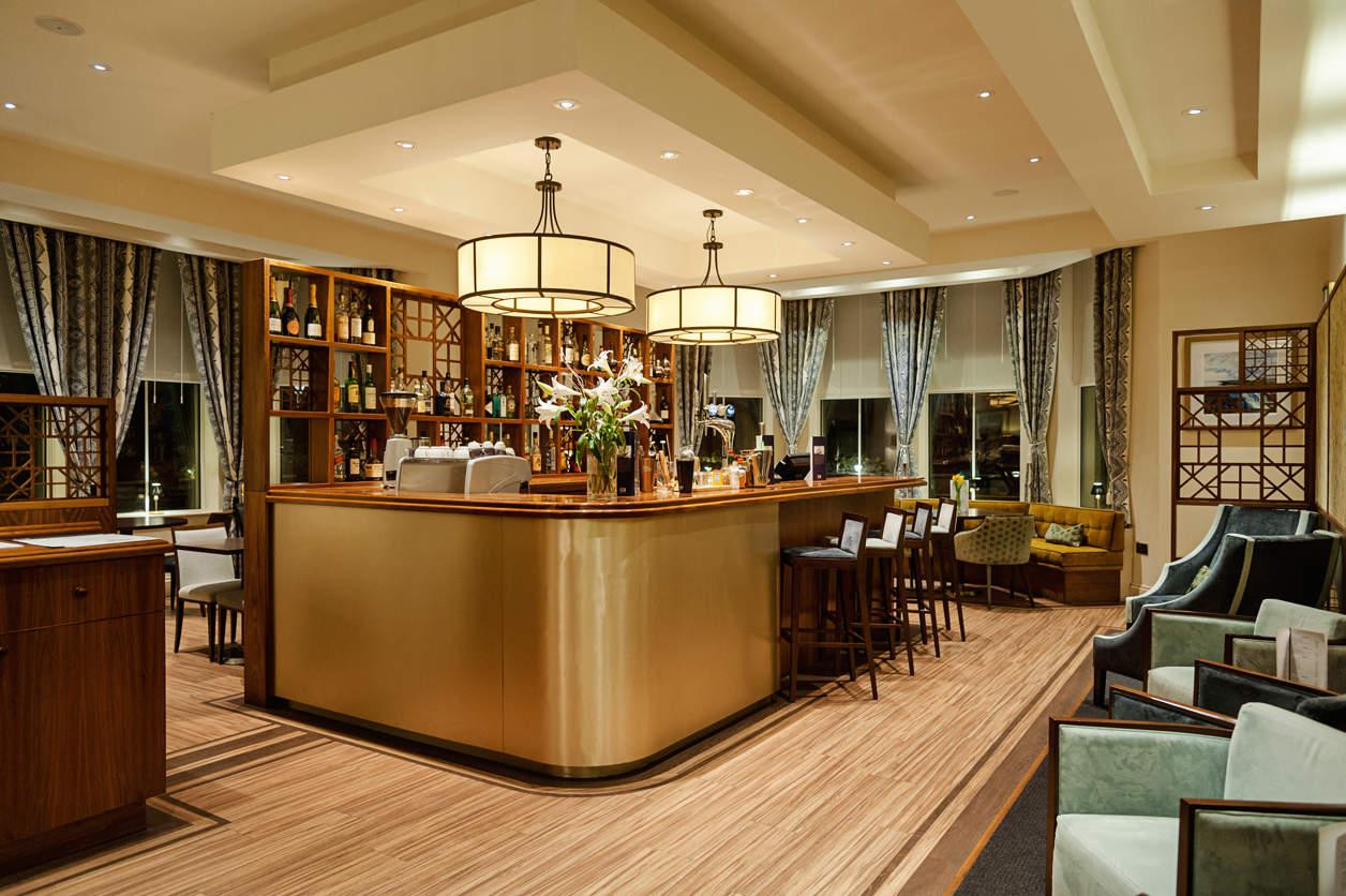 » Mullion Cove Hotel 4. Albergo Ristorante Villa Revedin. Murgavets Grand Hotel. Hotel Gran Via. Comfort Inn & Suites Burwood. Residence Eleonora. Power Hotel. Hotel Kreidacher Hohe. Villa Ratac