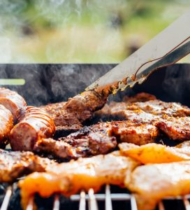 food-chicken-meat-outdoors-590x650